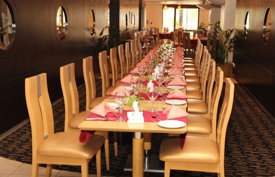 Restaurant Golden Tulip Festac Lagos Hotel and Conference Centre