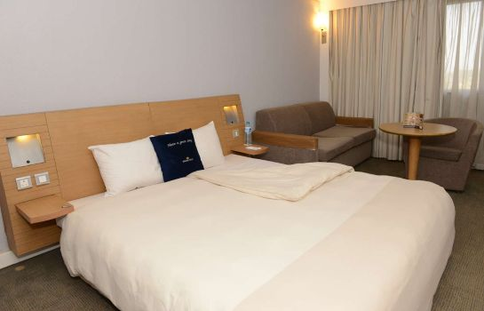 Chambre double (standard) Golden Tulip Festac Lagos Hotel and Conference Centre
