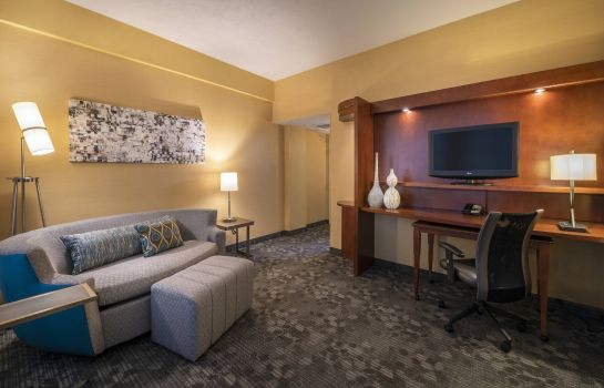 Suite Courtyard Tulsa Downtown