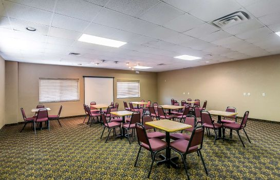 Conference room Quality Inn South Hutchinson
