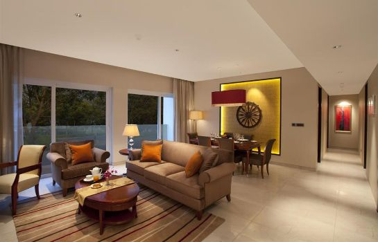 Zimmer Marriott Suites Pune