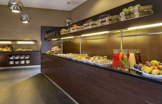 Breakfast buffet NH Collection Dresden Altmarkt