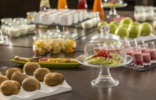 Buffet prima colazione NH Collection Dresden Altmarkt