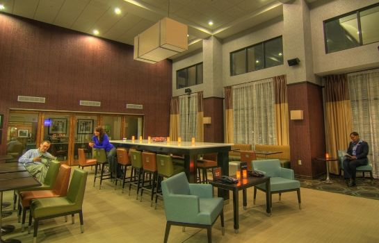 Lobby Hampton Inn and Suites Parsippany-North