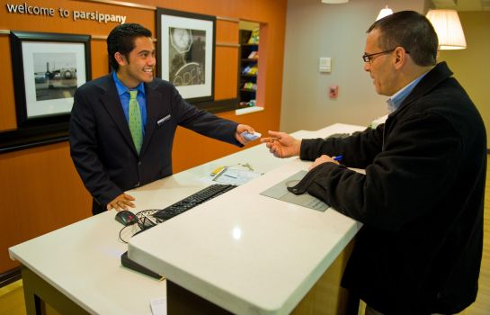 Hotelhalle Hampton Inn and Suites Parsippany-North
