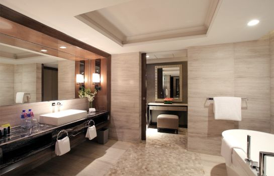 Bathroom Pullman Shanghai Jing An