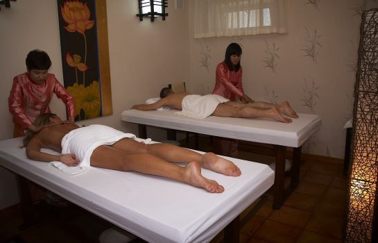 Massage room Tulip Residence and Spa