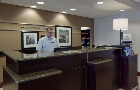 Hotelhalle Hampton Inn - Suites Syracuse Erie Blvd-I-690