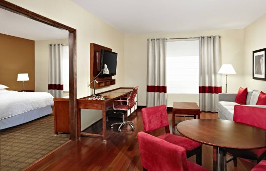 Suite Four Points by Sheraton Calgary Airport