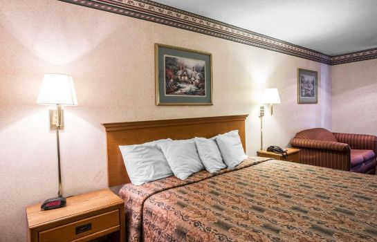 Suite Rodeway Inn Expo Center