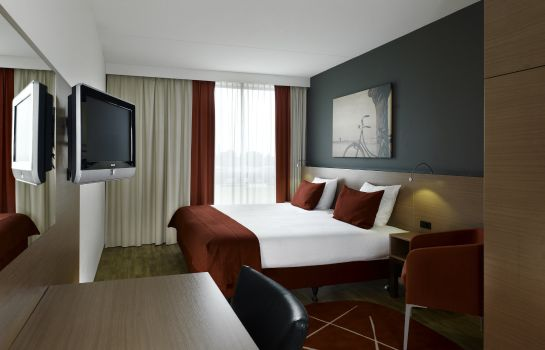 Room Park Plaza Amsterdam Airport