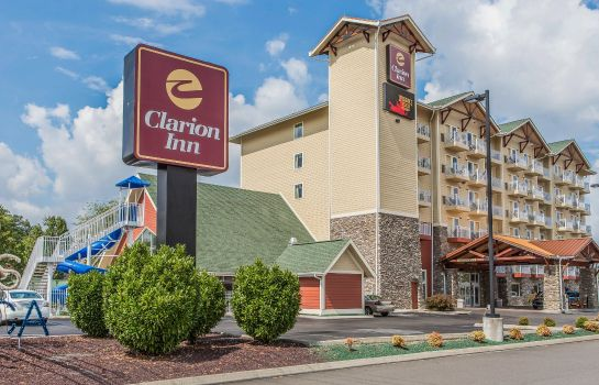 Exterior view Clarion Inn Dollywood Area