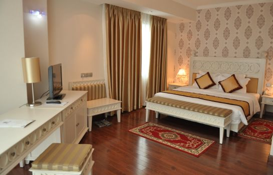 Suite Royal Gate Hotel
