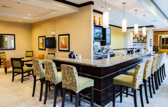 Bar de l'hôtel Hilton Garden Inn Arlington Shirlington