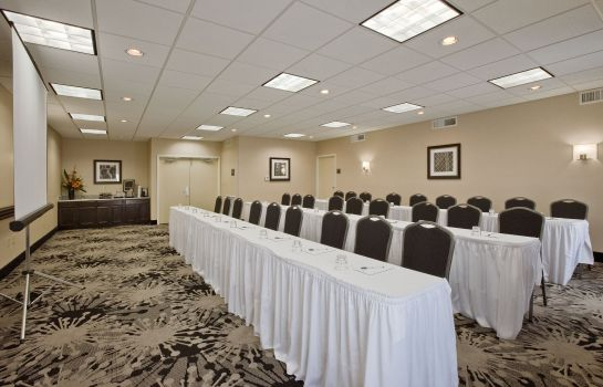 Conference room Homewood Suites Cedar Rapids-North