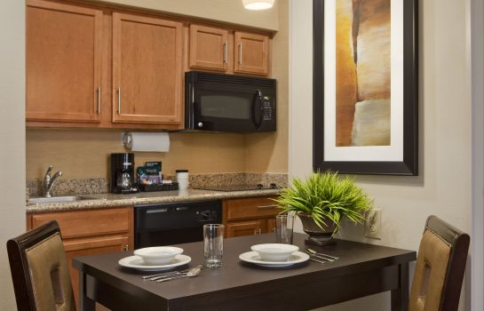 Information Homewood Suites Cedar Rapids-North