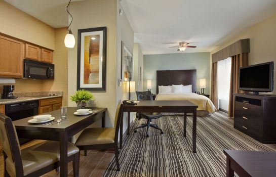 Room Homewood Suites Cedar Rapids-North