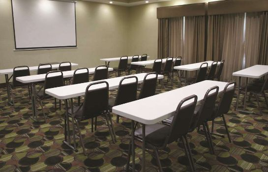 Sala konferencyjna La Quinta Inn and Suites Baton Rouge Denham Springs