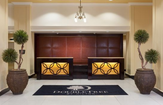 Hotelhalle DoubleTree Suites by Hilton Detroit Downtown - Fort Shelby