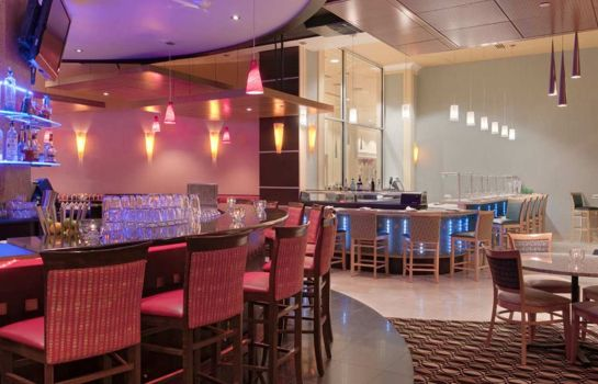 Restaurant DoubleTree Suites by Hilton Detroit Downtown - Fort Shelby