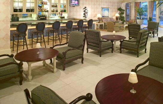 Hotel bar DoubleTree Raleigh Durham Airport at Research Triangle Park