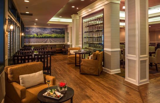 Restaurant DoubleTree Raleigh Durham Airport at Research Triangle Park