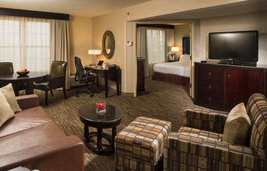Suite DoubleTree Raleigh Durham Airport at Research Triangle Park