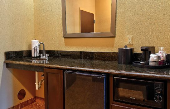 Bar del hotel Hampton Inn & Suites Jacksonville-Beach Boulevard/Mayo Clinic Area