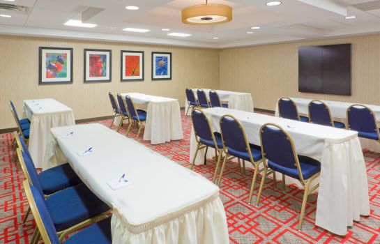 Conference room Holiday Inn Express NEPTUNE