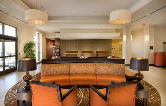 Hotelhalle DoubleTree by Hilton Sterling - Dulles Airport