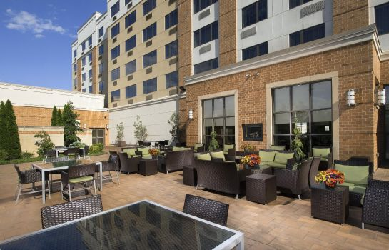 Restaurant DoubleTree by Hilton Sterling - Dulles Airport