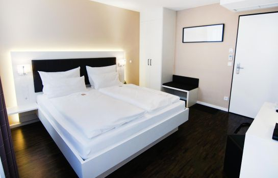 Double room (standard) Zeitwohnhaus Suite Hotel & Serviced Apartments Superior
