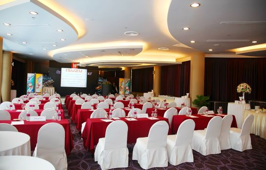 Conference room BW Premier Collection Amaranth Suvarnabhumi Airport