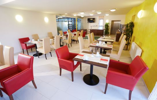 Breakfast room Colora Hotel Garni