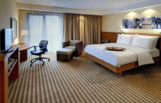 Zimmer Hampton by Hilton Berlin City West