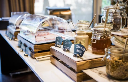 Petit-déjeuner buffet HOTEL APART – Welcoming I Urban Feel I Design