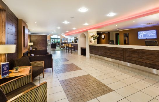 Hall de l'hôtel Holiday Inn Express COLCHESTER