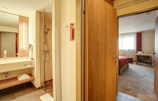 Bathroom FourSide Hotel & Suites Vienna