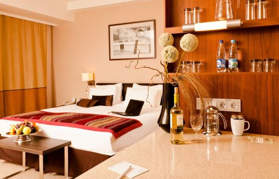 Zimmer Staybridge Suites ST. PETERSBURG