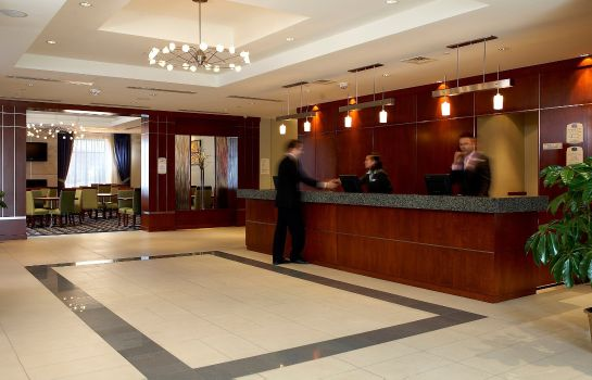 Lobby Fairfield Inn & Suites Montreal Airport