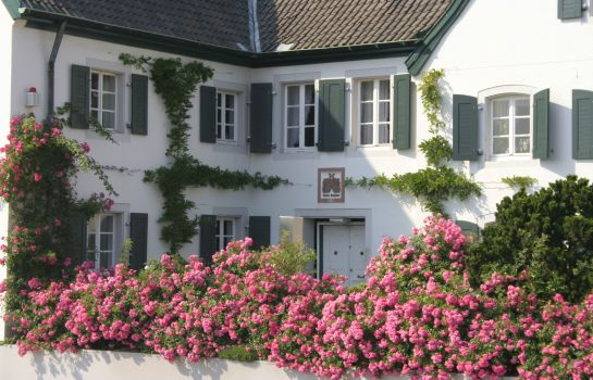 Exterior view Rhein River Guesthouse