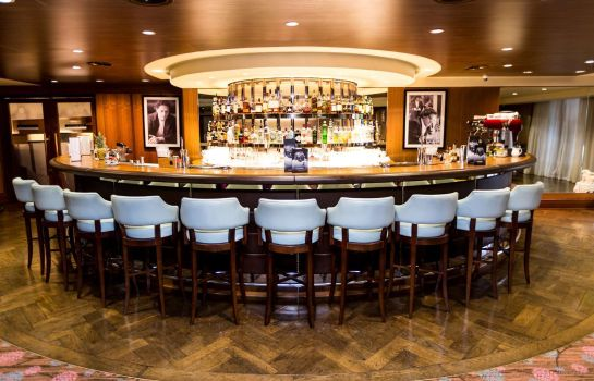 Bar del hotel Hilton London Syon Park