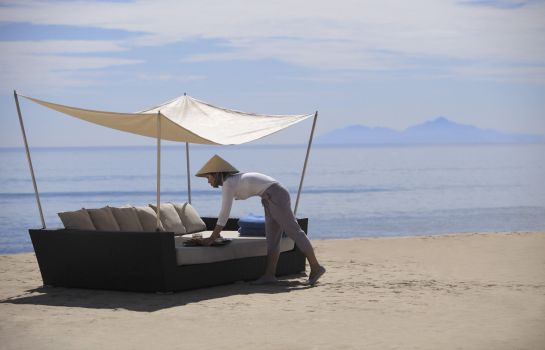 Strand all inclusive resort... Fusion Maia Da Nang