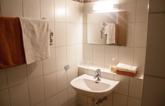 Badezimmer Zur Quelle Landgasthof