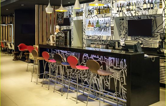 Bar de l'hôtel ibis Asuncion