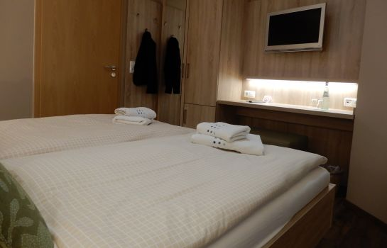 Chambre double (standard) Am Hafen HotelPension
