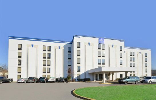 Exterior view Wingate by Wyndham Louisville Fair and Expo Wingate by Wyndham Louisville Fair and Expo