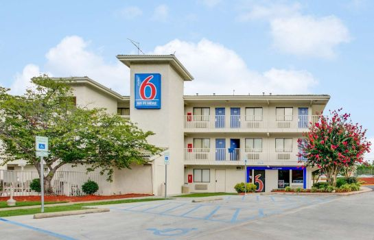 Vista exterior Motel 6 Columbia West