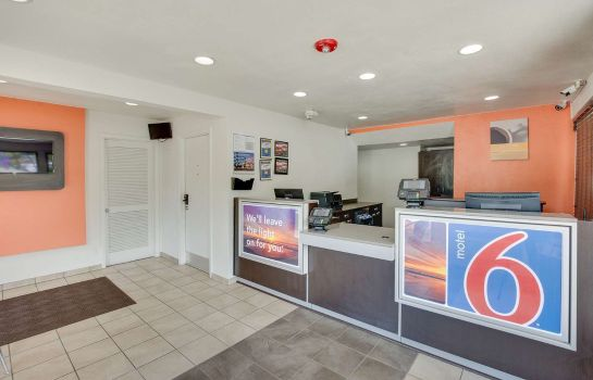 Hotelhal MOTEL 6 COLUMBIA WEST