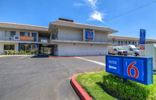 Vista exterior MOTEL 6 RIVERSIDE WEST JURUPA VALLEY